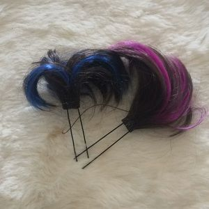 Pin hair color extensions